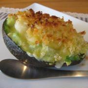 チーズたっぷり簡単アボカドグラタン&えびアボカドサラダ