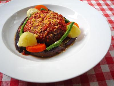 ガーリックトマトソースハンバーグ