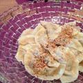 お豆腐を入れてなめらか仕上げ「白菜キムチの水餃子」。