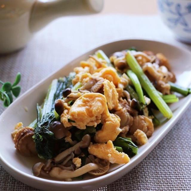 ベビーホタテと小松菜のバター醤油炒めレシピ