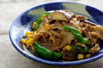 クミンが決め手!豚肉と野菜のバター醤油炒め
