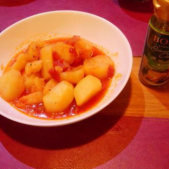 ジャガイモのトマト煮