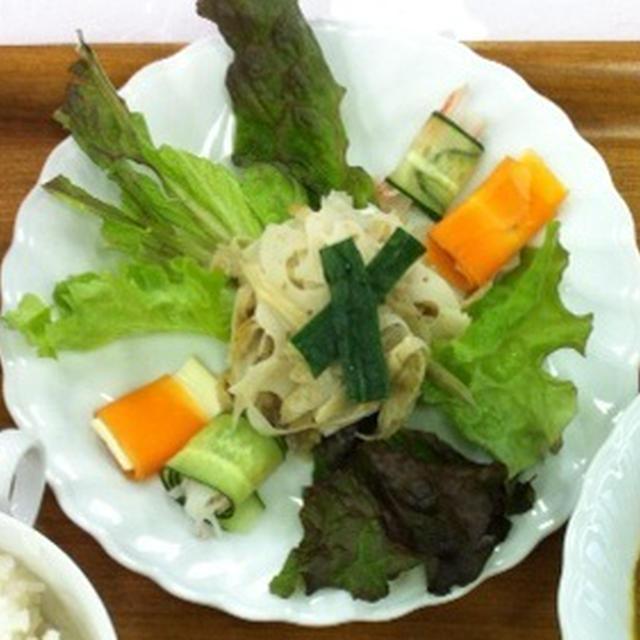 男性もお好みの根菜サラダ