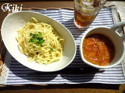 今年初!!トマトno洋風坦々つけ麺&コアラのマーチケーキ