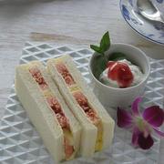 今年も・・・無花果のサンドイッチ & 庭のおチビひょうたん♪