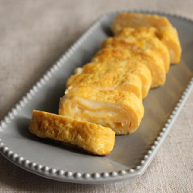 麺つゆで簡単!スライスチーズinとろ~り卵焼き