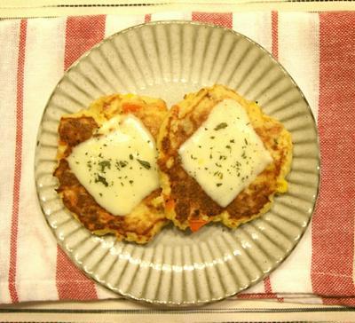 【簡単リメイク!】おからの炊いたんで♪おからのチーズお焼き
