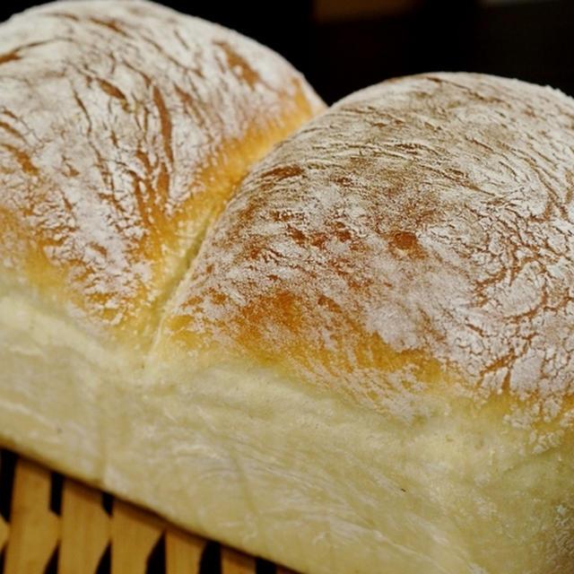 【自家製 麹酵母でひっそりとパン作りに填っています♪】