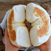 オーブン不要!ストーブ鍋で作るちぎりパン!