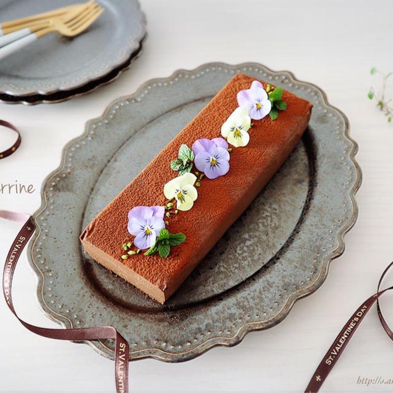 ■材料4つでとろけるウマさ♪【ショコラテリーヌ】<br><br>「昨年のバレンタイン向けに作りました...