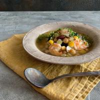 豆と野菜のガーリックシュリンプスープ