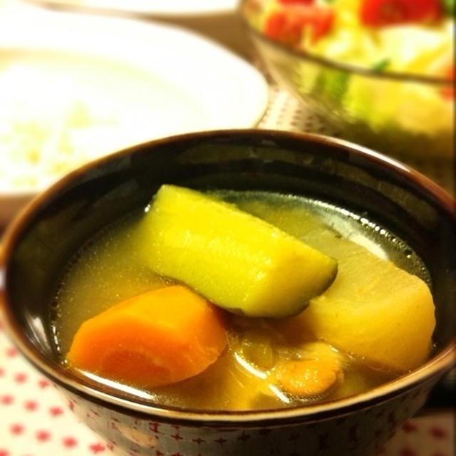 ゴロゴロ野菜のスープカレー