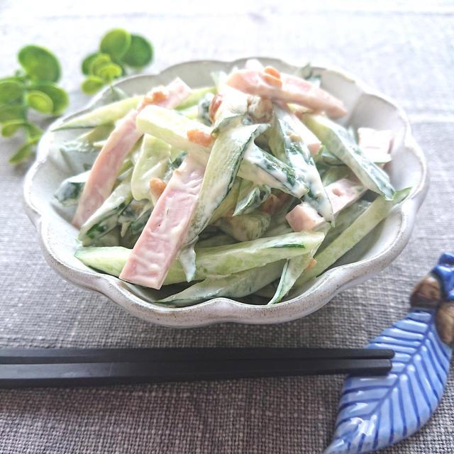 きゅうりと魚肉ソーセージのもろみマヨネーズ和え