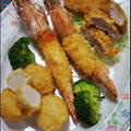 おっきな海老フライ定食。と、ホタテフライのコツ。