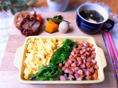 >ウインナーの3色そぼろ丼 & ピンクサファイア27周年♪ by マムチさん