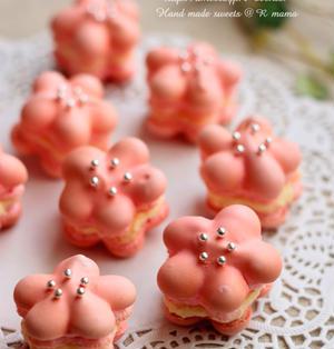 ラブリーピンクのお花マカロンレシピ♪