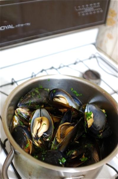 ムール貝の白ワイン蒸し。