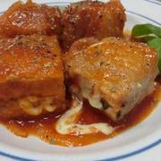 煮込み5分☆ チーズがとろ~り♪ 厚揚げ豚バラ巻きのトマトジュース煮