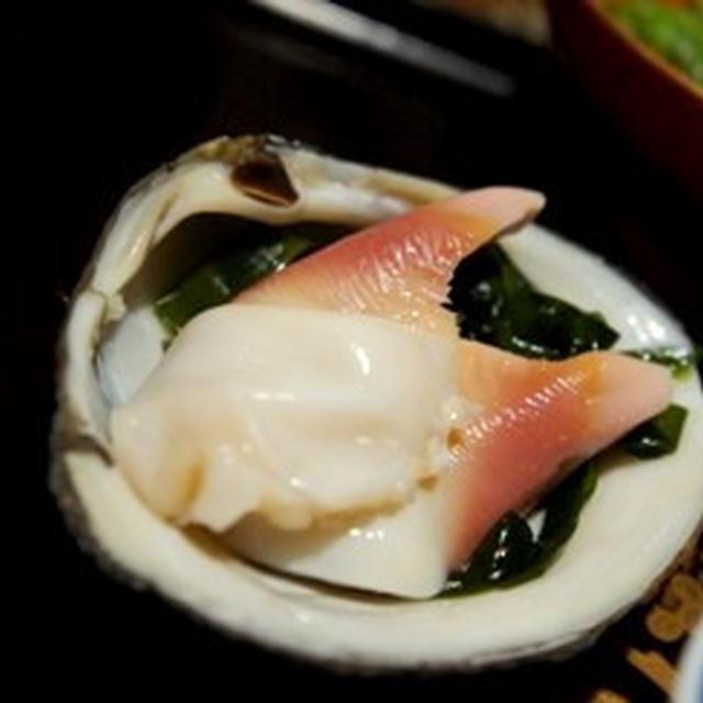 今宵はほっき貝でフルコース、ほっき貝のお造り、吸い物、〆のご飯……
