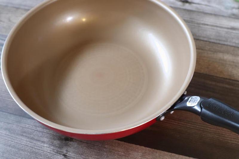 お肉も餃子もキレイに焼けて、とっても洗いやすいフライパンです~Minさんのお気に入り