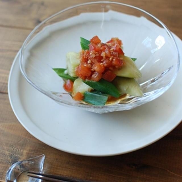 蒸しなすとオクラのピリ辛トマトダレ