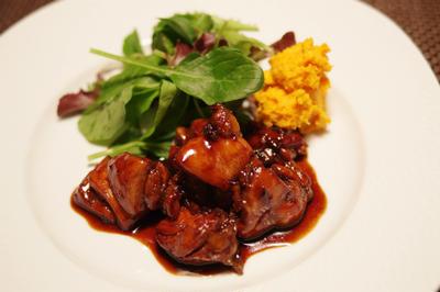 チキンのグリル(ハチミツとバルサミコ酢風味) と オニオングラタンスープ