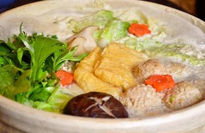 【キノア鶏団子のサラダちゃんこ豆乳鍋 】いっぱい食べてもヘルシー!