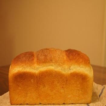 焼いたパン*