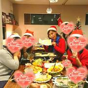 持ち寄りクリスマスパーティーをしました~!!