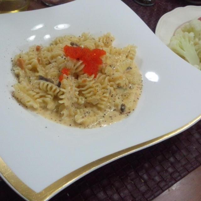 【献立】ウニの濃厚カルボナーラ、温野菜サラダ・アンチョビドレッシング