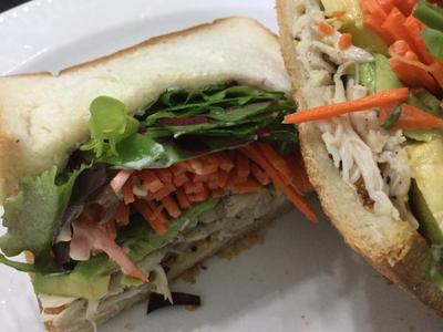 女子弁の定番❤ささみと野菜のサンドイッチ