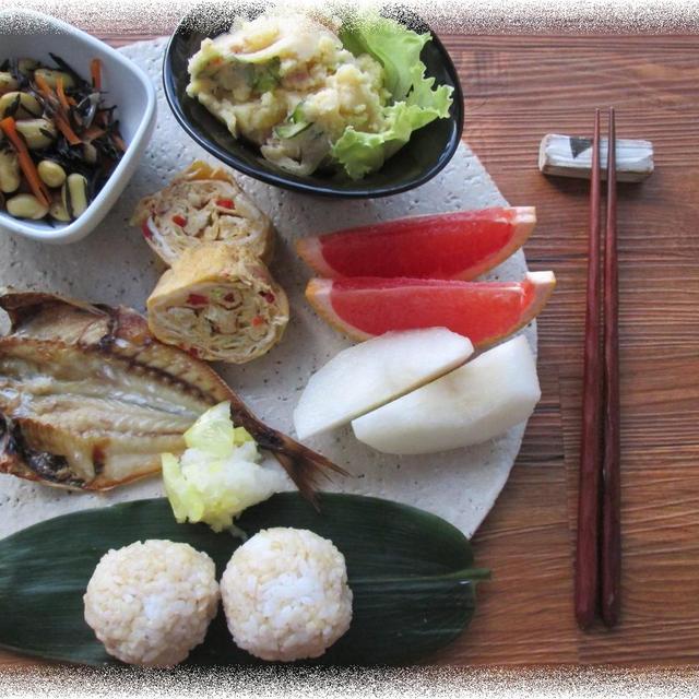 デリ風♪ベーコンのポテトサラダの朝ごはんとカブトムシ