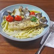 魚介と野菜の旨みが凝縮!鯛とあさりのアクアパッツァ パスタ