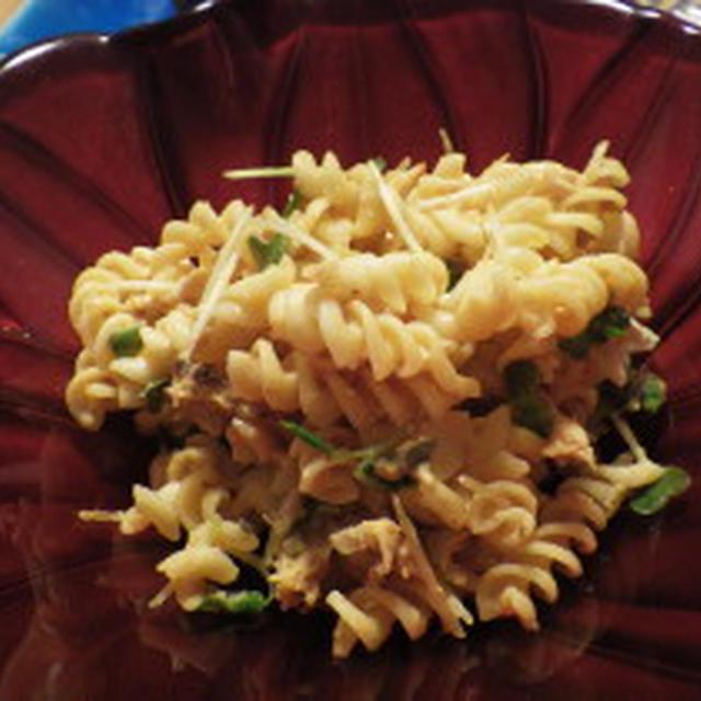 ほたて・ツナのエスニックマカロニマヨサラダ うまソーストマトタイプで