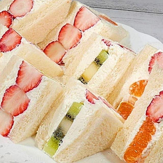 フルーツサンドイッチの作り方【フルーツとマスカルポーネが美味しい♪お店の味】  by HiroMaru