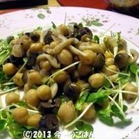 ひよこ豆とアンチョビ・オリーブのサラダ ドレッシングと和えるだけ(^_-)-☆