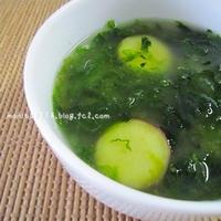 アオサとサツマイモのお味噌スープ。