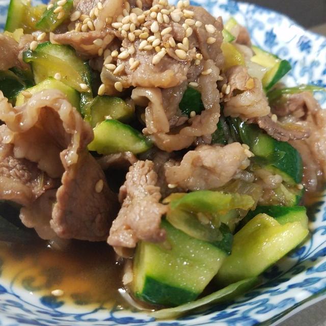 焼肉のタレで!きゅうりとミョウガと牛肉の炒め物