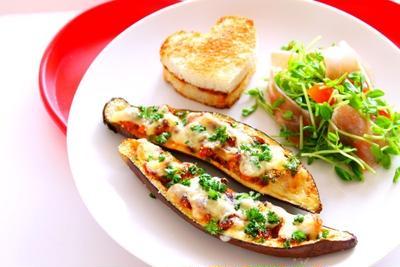 【簡単!】茄子とひき肉チーズ焼きの作り方・レシピ