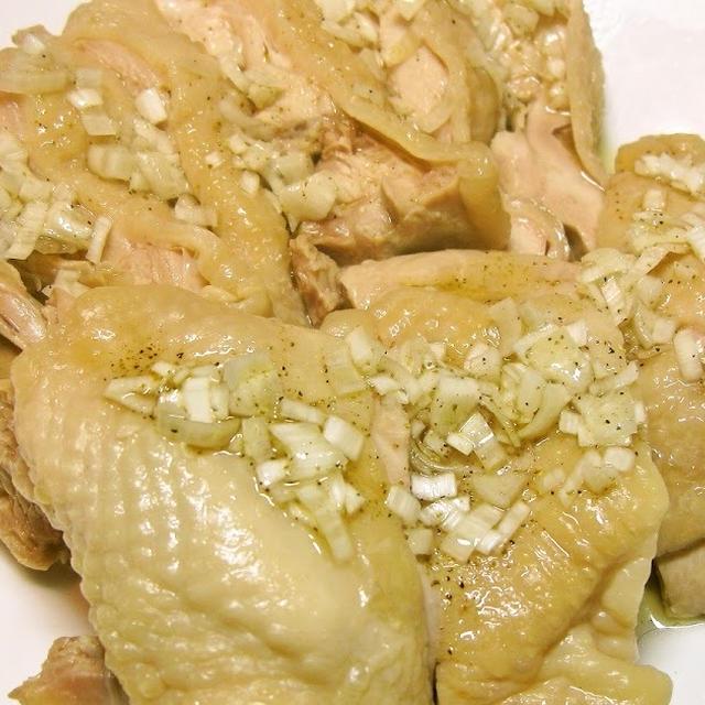 台湾料理でポピュラーな一品 塩水鶏