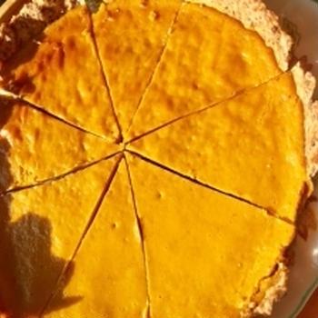 ドングリコーヒーを作った後に、ドングリを入れたかぼちゃタルトを作りました!