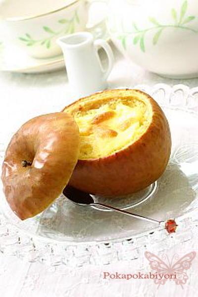 りんごの器で、絶品!スフレチーズケーキ