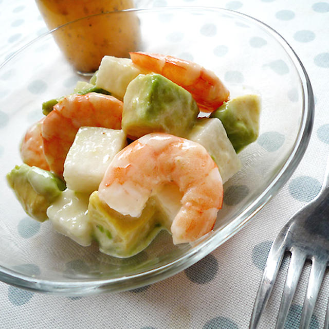 長芋とアボカドのシュリンプとろりんサラダ♪