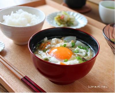風邪気味の時にも! 落とし卵のお味噌汁&溶き卵のお味噌汁