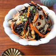 レンジで5分の常備菜♪簡単ふっくらレンコン入りひじき煮