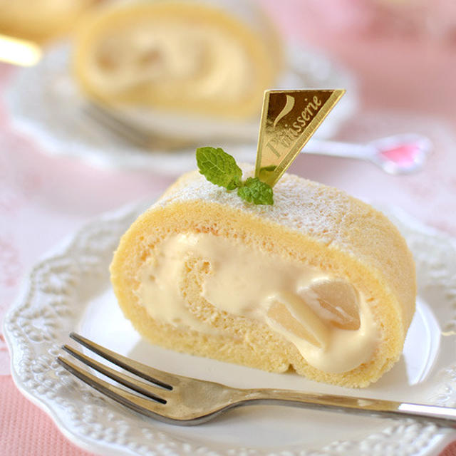 とろ~りカスタード&白桃のロールケーキ