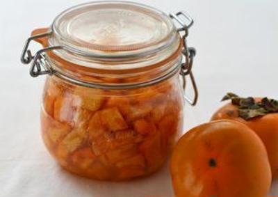 柿の白ワインシロップ漬け、久しぶりに。