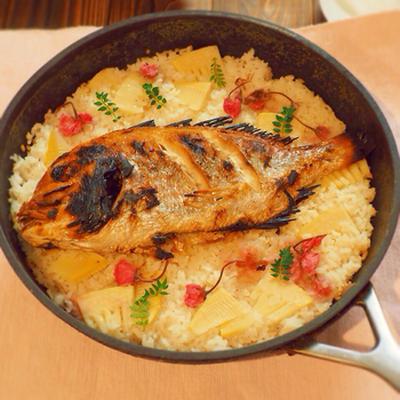 超簡単♪フライパンで15分で出来る、桜 鯛飯