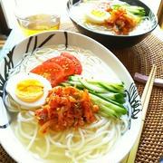 身近な麺で簡単!作ってみたい「韓国風冷麺」5選