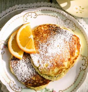 とろける美味しさ、オレンジリコッタパンケーキ